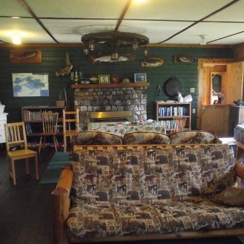 Everett Bay Lodge on Lake Vermilion Lodge