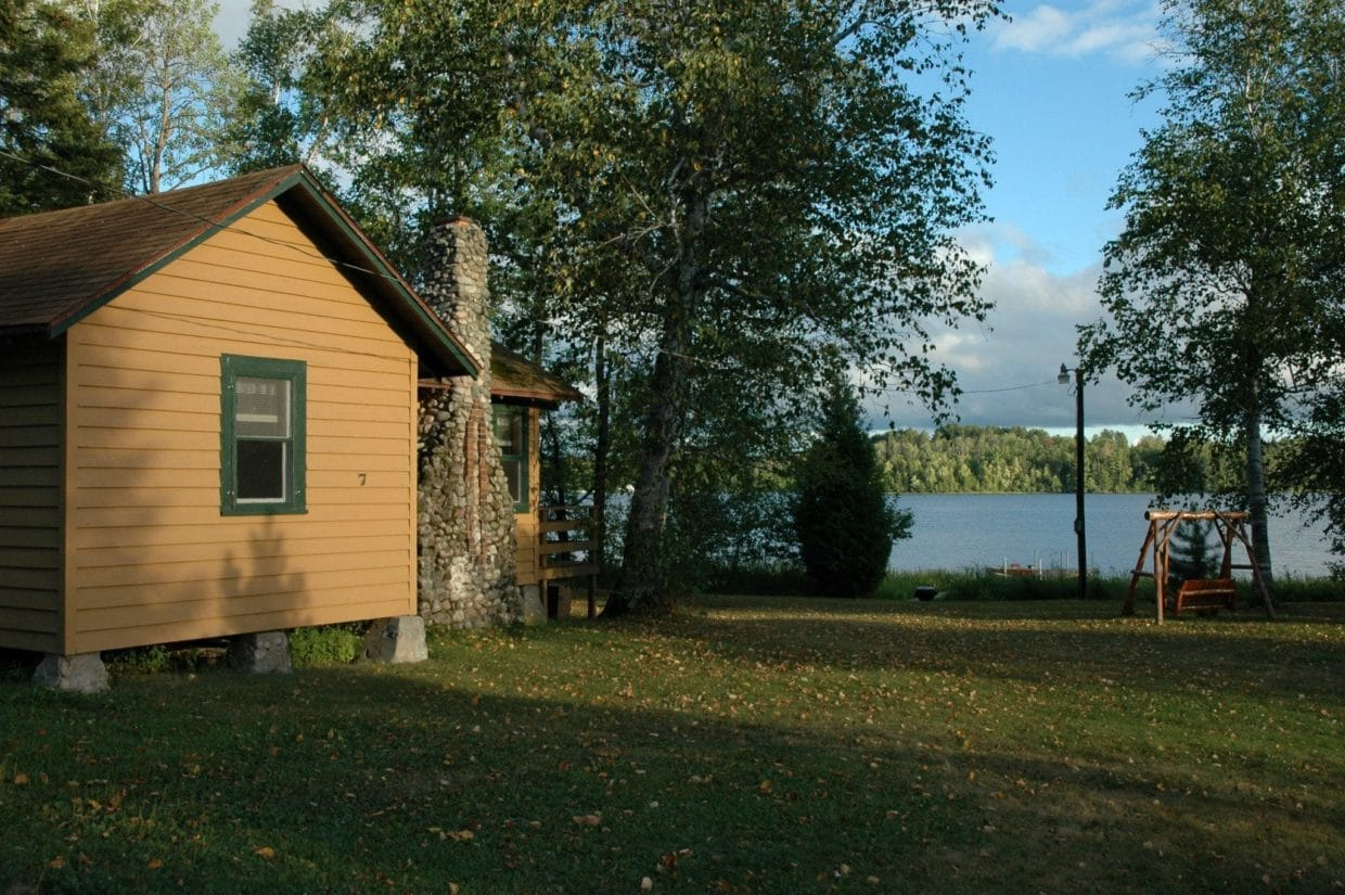 Minnesota fishing cabins for rent sports mania all for Fish house rentals mn