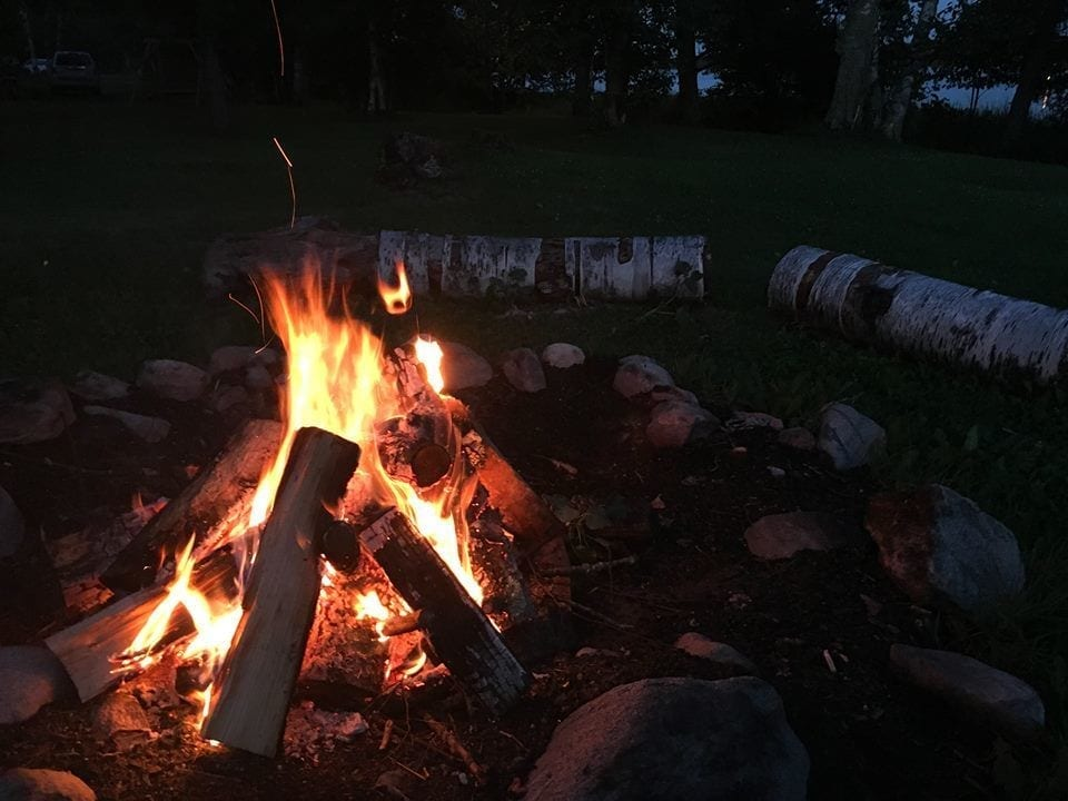 Bonfire at Everett Bay Lodge on Lake Vermilion