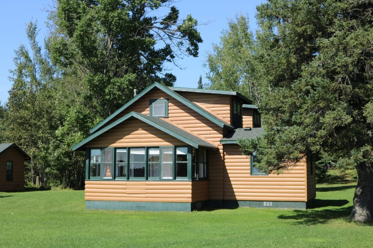 Everett Bay Lodge cabin 2