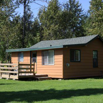Everett Bay Lodge cabin 3