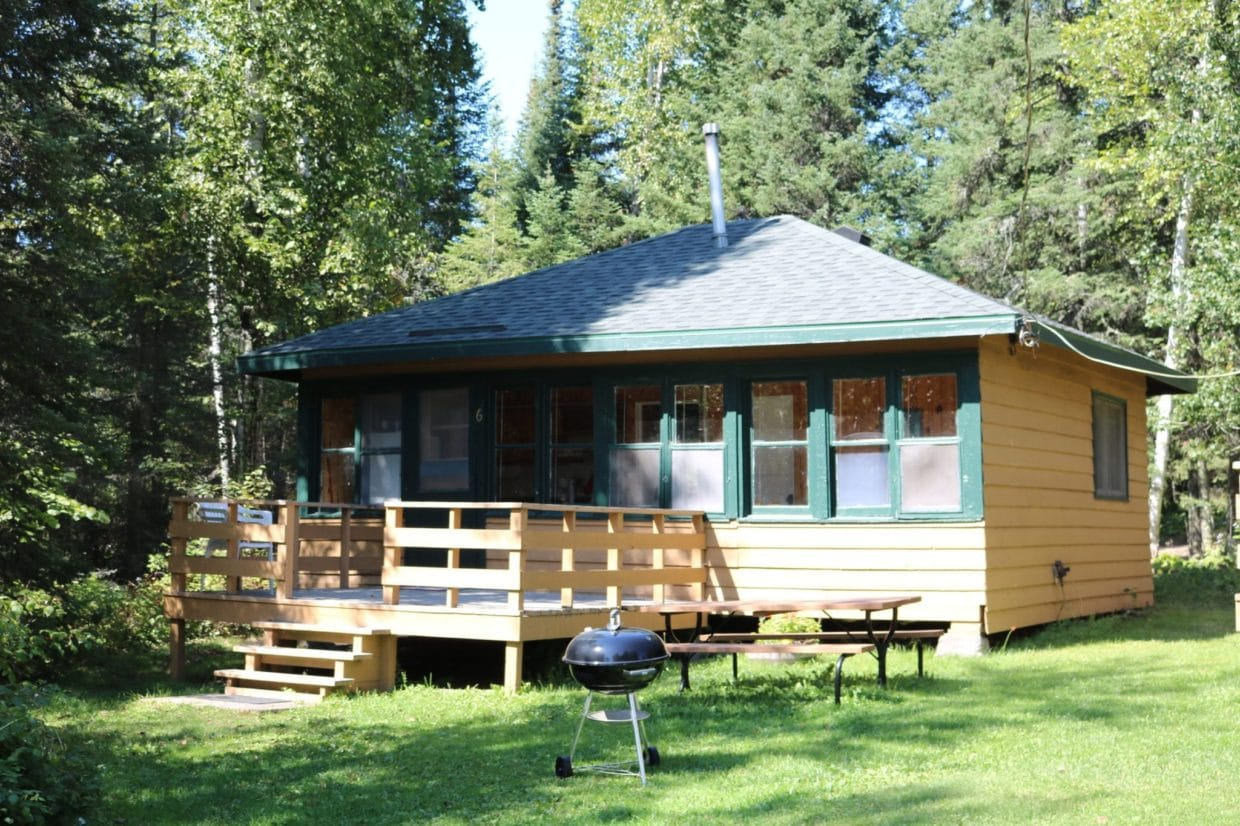Everett Bay Lodge cabin 6