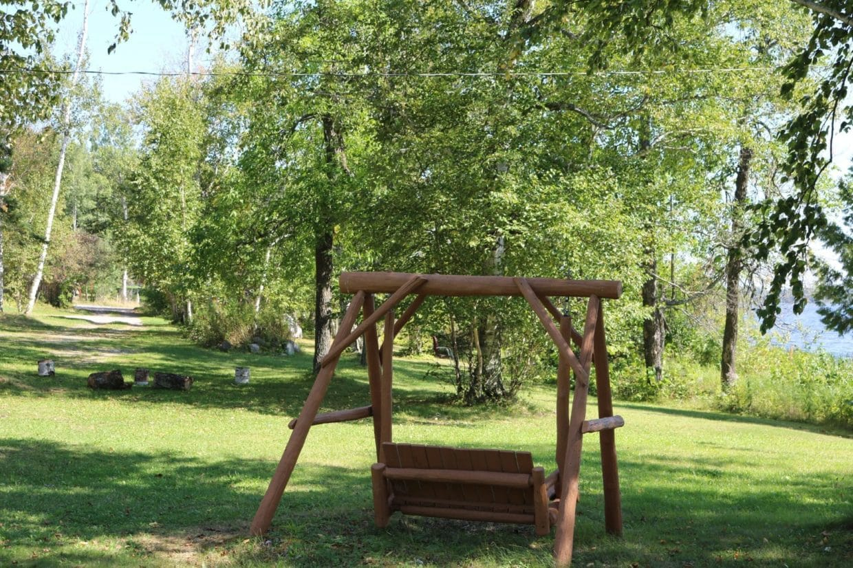 resort swing Everett Bay Lodge Lake Vermilion