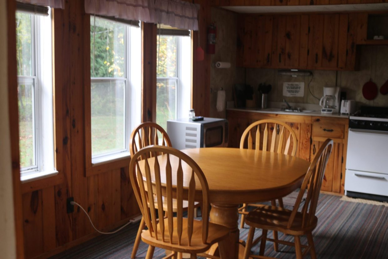 Vermilion Resort cabin kitchen