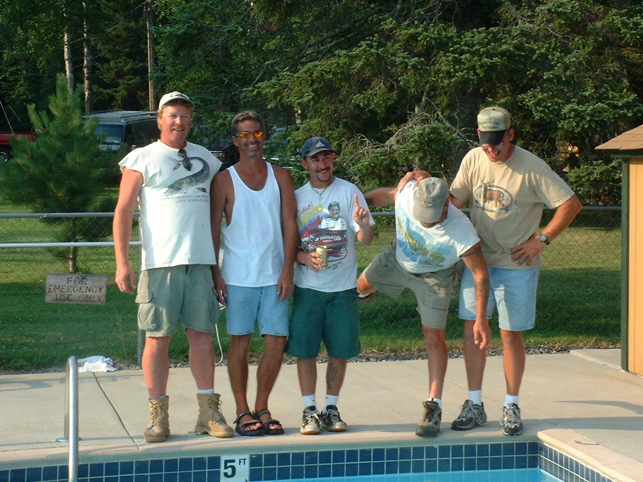 Fox River Valley Muskies, Inc at Everett Bay Lodge pool