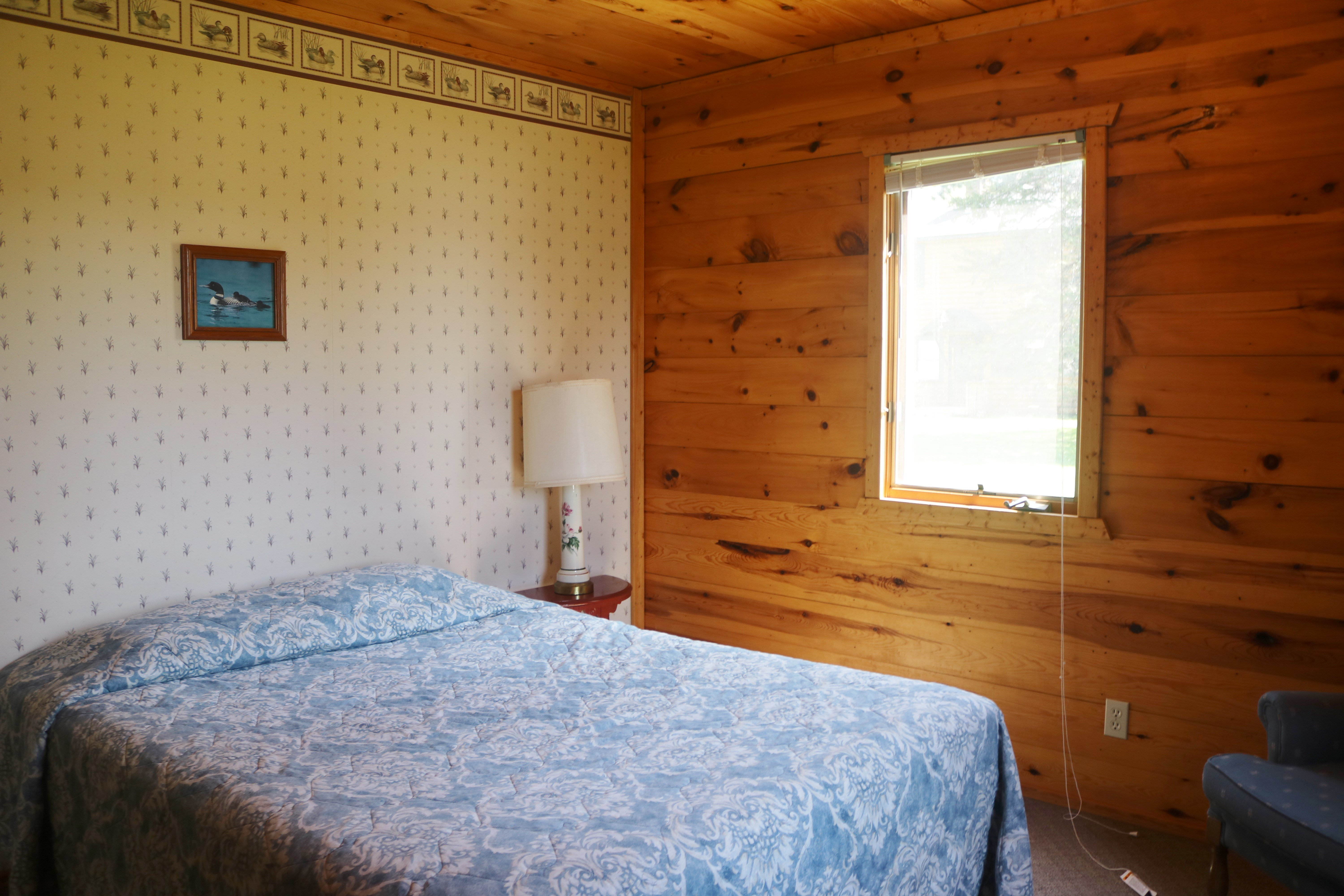 2 bedroom cabin resort and cabins photo gallery everett bay lodge 10012
