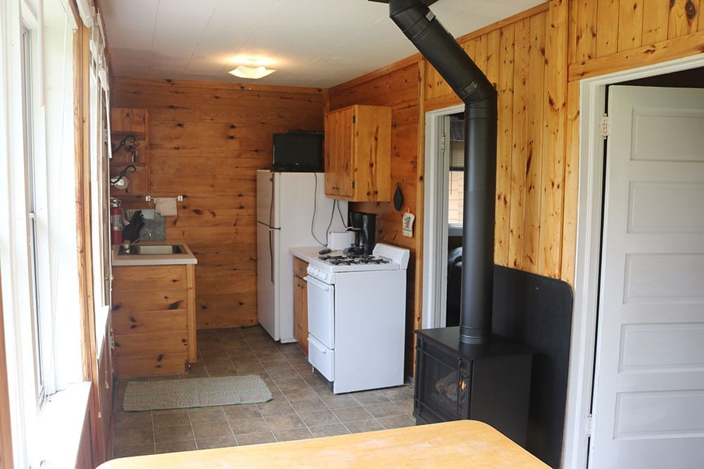 Minnesota cabin kitchen at Everett Bay Lodge