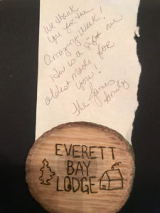 Everett Bay Lodge note and magnet